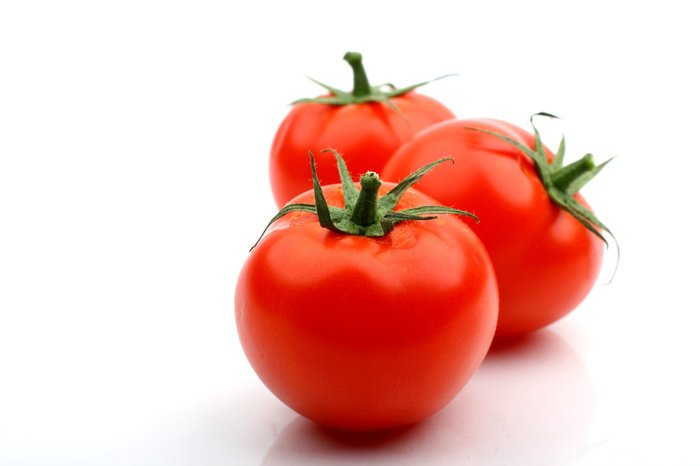 Benefits of tomatoes for skin