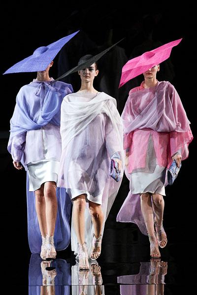 Giorgio Armani Spring/Summer 2014 - Milan Fashion Week